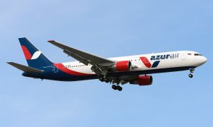 Схема салона и лучшие места в самолете Боинг 767 300 авиакомпании Azur Air